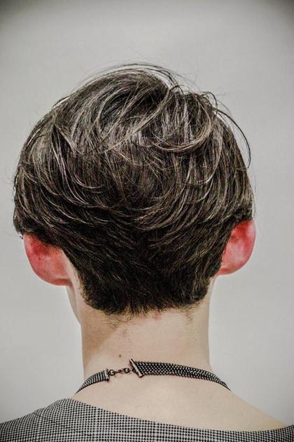 メンズ 前下がりミディアム 自然な毛流れを作るパーマでスタイリング簡単!