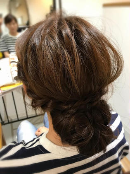 ヘアアレンジ シニヨンまとめ髪♪