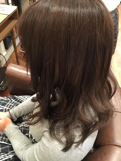 Aラインのシルエットでトップににレイヤーを入れてあげることで 巻いたときにふわふわしたら動きがでます。 aile Organic Hair Salon西大寺店所属・出永奨のスタイル