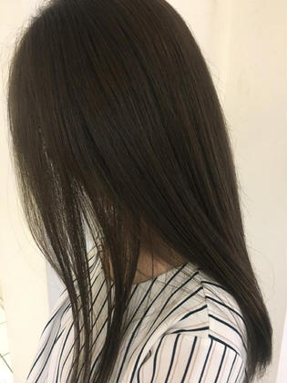 gray beige👢 KiRANAsari所属・高橋舞のスタイル