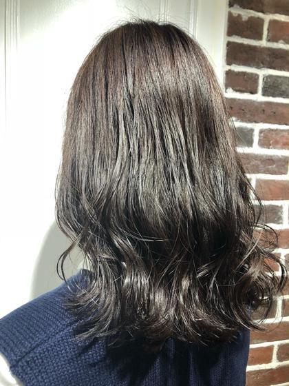 何回でもご利用可能です🎃 柳本彩衣のセミロングのヘアスタイル