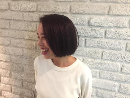 落ち着いたバイオレットカラーも人気です♡ MASHUADOBE店所属・藤田幸奈のスタイル