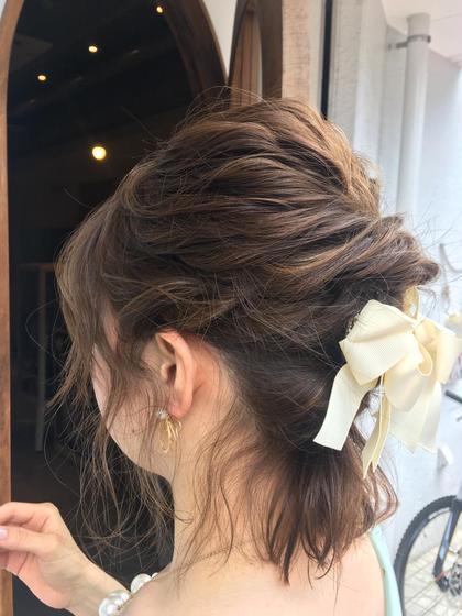 ヘアアレンジ ◇◆◇◆ヘアセット◇◆◇◆   ヘアセットです◎! これから結婚式に行かれるお客様(*´-`)  簡単にすぐできるので是非!!