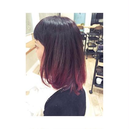 ピンク鮮やかなグラデーション! いつものカラーに飽きたら鮮やかな色を入れてみるのもおすすめです! D'na所属・川島美穂のスタイル