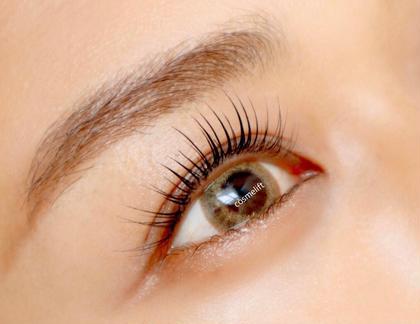 🌷コスメティックラッシュリフト  次世代まつ毛パーマ✨目元用化粧品を使用。まつ毛のダメージを最小限に抑えます