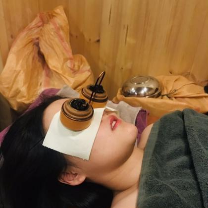 目を温めて血行を良くし普段の目の疲れを軽減します。