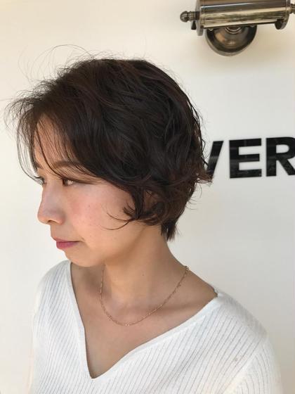 パーマ 前髪もふんわりパーマで女っぽく♪  長めの前髪にパーマをかけるととても可愛く変身できます(^ ^)  パーマヘアのご相談もお待ちしてます!