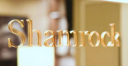 Luxury Salonシャムロック所属の五つ星サロンシャムロックのマツエクデザイン