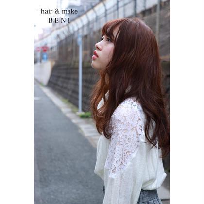 ツジヤスユキのセミロングのヘアスタイル