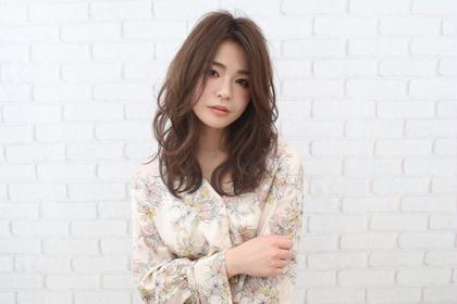 カジュアルリッチウェーブ Hair make LUCIA所属・✂︎TASUKUのスタイル