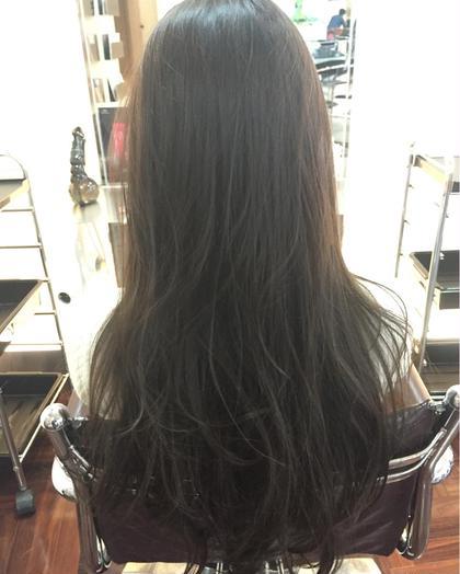 スモーキーグレージュ free-lance 完全マンツーマン 髪質改善ASTELLA所属・AKIHIROのスタイル