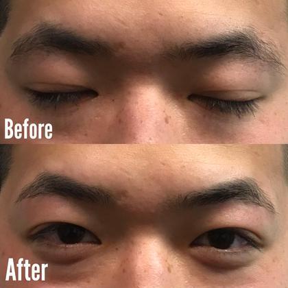 この方は右の眉山が少し内側にあり、 全体的に下がり眉、 三角な眉毛に見えてしまっていたので 左をベースにして少し外側に眉山を作りました!  加えて下のラインを少し整えて スッキリとした印象に(^^)❗️❗️  ですが太さとかは変えず あくまで自然に、ナチュラルに仕上げました❗️
