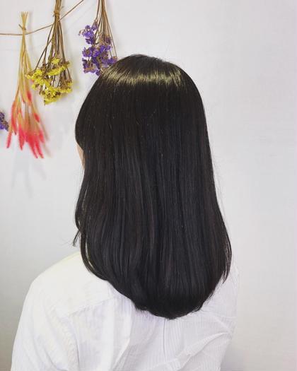 イルミナカラーの暗めの色味をチョイス! 一度も染めたことのない髪の毛でも しっかり色味が入るのが特徴! NYNY守口店所属・廣畑昌志のスタイル