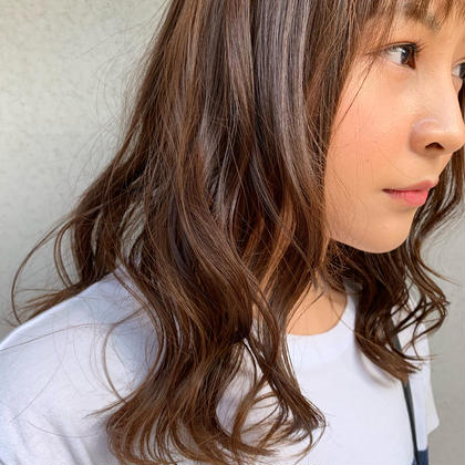 【初回】艶カラー+カット+4STEPトリートメント