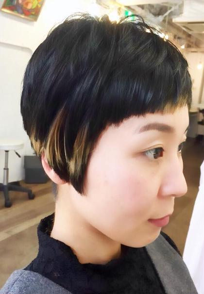 スタイリッシュなショートヘアスタイル 内側にブリーチをして、コントラストがポイントです! Pittura所属・MIKAMIYASUHIROのスタイル