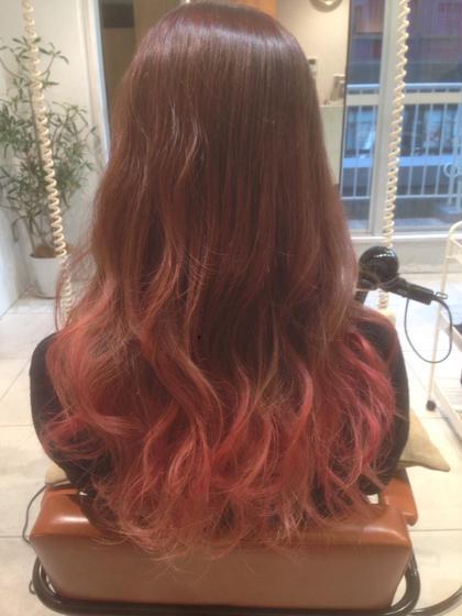 ピンクグラデーションカラー 毛先はマニキュア agir hair所属・廣田由加のスタイル