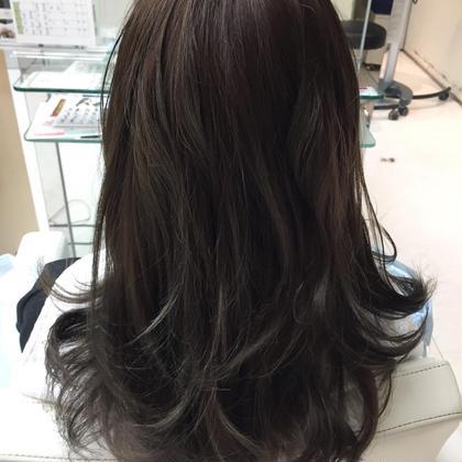 e.m.aPREMIUMBEAUTYSALON所属・小林yoshikiのスタイル