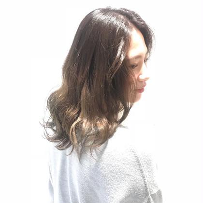 1ブリーチ ベージュ NYNY近鉄草津店所属・原田葵のスタイル
