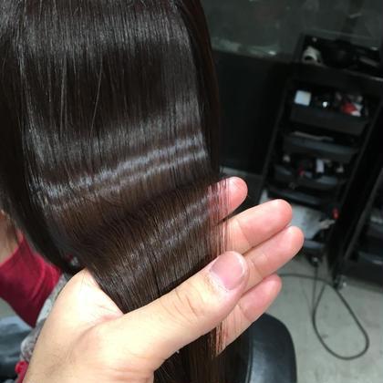 小顔補正カット & 高純度プラチナカラー &髪質改善縮毛矯正&弱酸性濃縮炭酸トリートメント