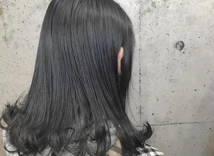 https://instagram.com/p/BnDAoKdFu9k/ ✻ dark gray🖤 * 根元1回 毛先3回のブリーチ毛に💁🏼♀️💎💁🏻♀️ 暗くしなければいけない髪も黒染めなしで黒染めもどき!🧚🏻♂️💜 * 11月〜のサロンモデルさん募集しております!(カラー、ダブルカラー、ストレートパーマ等) DM等でお気軽に連絡してください😊 ✻ #美容師 #アシスタント #美容室 #サロン #ヘアサロン #山梨 #甲府 #background #ヘア #ヘアメイク #gradation #color #darkgray #gray #ダークグレー #グレー #グラデーション #カラー #ダブルカラー #ストレートパーマ #カラーモデル #可愛い #かわいい #サロンモデル #アレンジ #ヘアセット #モデル #募集中 #モデル募集中 background所属・AMINOSONOKAのスタイル