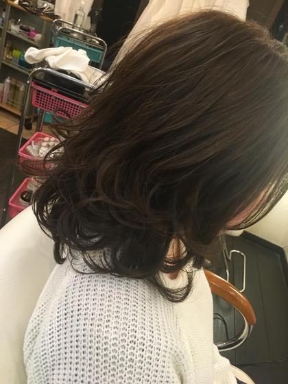飛行船美容室本店所属・梅田亮のスタイル