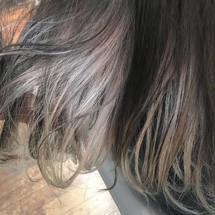プラチナホワイトのインナーカラー VEGA,所属・カワノチヒロのスタイル
