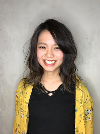 ★コスパNO.1★小顔デザインカット+カラー+潤いTR¥4900