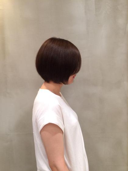 ショートボブ xxxyzAVEDA六本木店所属・加藤泰輔のスタイル
