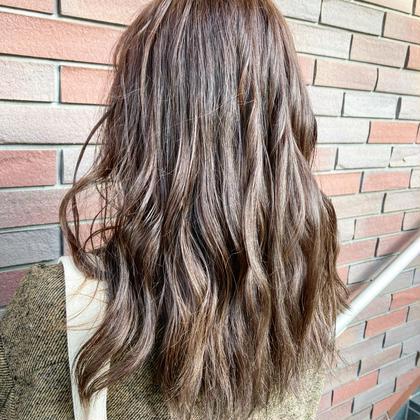 🐧髪のダメージが気になる方へ🐧ダメージ50%軽減‼️アドミオ、イルミナカラー+トリートメントコース