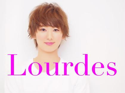 ショートバンクが可愛いショートカット ヘアカラーはブルーアッシュです。 Lourdes hair design所属・佐藤勇武のスタイル