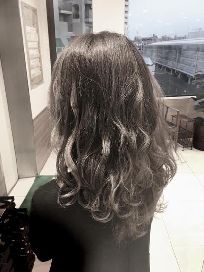 ブルーモカ 口コミ評価5.0‼️小池亜貴斗のロングのヘアスタイル