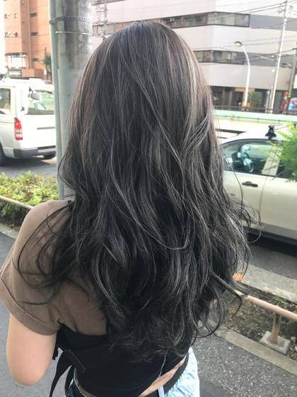外人風ハイライト❣️巻き髪がさらにおっしゃれーに☺︎☺︎‼︎ 大久保佳那のヘアカラーカタログ