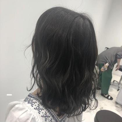 💜学生さん限定👨🎓👩🎓黒髪戻しカラー+トリートメント💜落とせる黒染めカラーなので 明るく戻せます✨