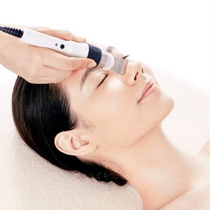 【毛穴洗浄】超音波クレンズ洗浄✨お肌ツルツル‼️ 毛穴の皮脂・角質などの汚れを超音波で浮かせて除去✨ AIお肌診断付き