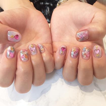 ピンク系のネイル大好きです EARTH長野稲田店所属・市川莉のスタイル