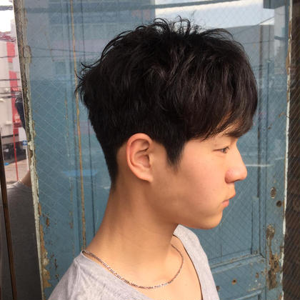 明石梓のメンズヘアスタイル・髪型