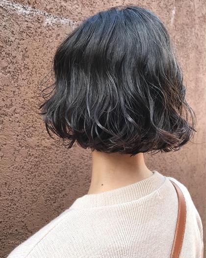 """その他 カラー ショート パーマ ヘアアレンジ *ダメージレスパーマ*   パーマstyleならお任せください✨✨ ✔️朝のセットを楽にしたい ✔️髪を柔らかく見せたい ✔️コテで巻いたよう自然な仕上がりにしたい ✔️パーマがかかりにくい ✔️パーマがすぐとれてしまう   """"あなたの希望を叶える理想のパーマ"""" 僕が叶えます😊✨  パーマは朝、毛先を濡らして ムースを少量つけるだけで、セットは楽になります❗️❗️  スタイリングのやり方から丁寧にご説明致します🌈  お客様一人一人の 髪質、骨格、ダメージレベルに合わせて施術致します⭐️  一度是非僕にお任せくださいね🌱🌱🌱"""