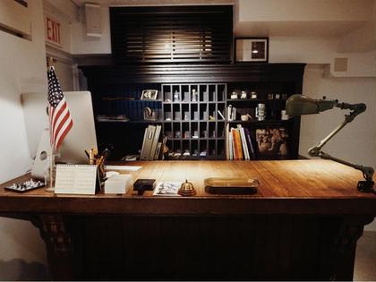 HOTEL&PARK.受付  ■こちらのカウンターで皆様のご来店をお待ちしております。店内に入った瞬間から日常を忘れる事ができる空間でございます!
