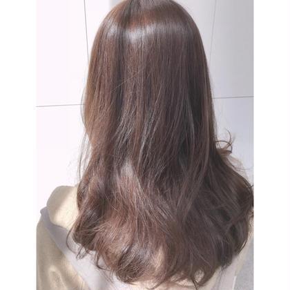 世界的に有名なあのオーガニックブランドのAVEDAで、艶カラーしてみませんか?93%の自然界由来成分で髪に負担をかけず、深みのあるカラーをこの機会にぜひ体験してみて下さい☆ hair&makeSofa仙台駅前店所属・小林すずかのスタイル