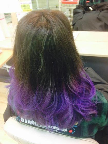 毛先紫のグラデーション!! 発色重視のマニックパニックカラーー! BECK所属・工藤未来のスタイル
