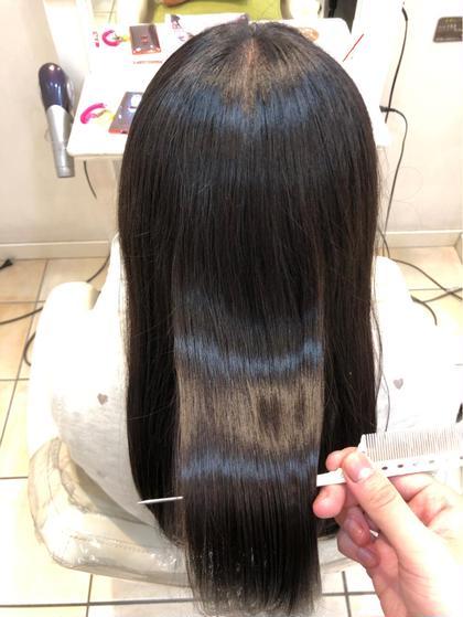 髪質改善×縮毛矯正 根元の癖はしっかりと毛先は ナチュラルな質のいい手触りへ