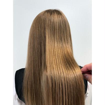🍀プレミアムなさらさらヘアを❣️似合わせカット➕髪質改善縮毛矯正➕ 極上ケアトリートメント❣️
