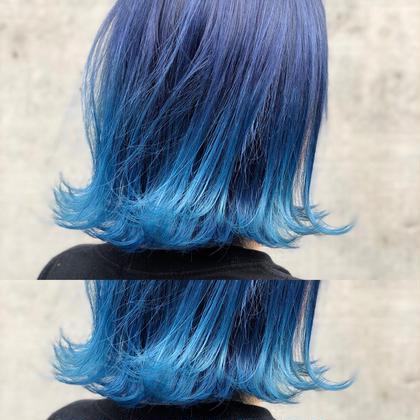 その他 カラー ショート ブリーチ後根元〜中間はカラー剤でネイビーブルーに、毛先はマニキュアでライトブルーの青髪グラデーションにしました🌍
