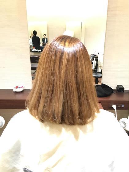 ブリーチした髪でも潤いツヤツヤに☺︎ 乾燥やダメージ、クセ広がりでもお悩みを伝えていただけるとそれに合わせてオーダーメイドトリートメントで希望の質感に!⭐️ なりたい髪質を叶えながら、ご自宅でのケアまでしっかりアフターケアもさせていただきます! Art Hair  RIDE所属・中西大樹のスタイル
