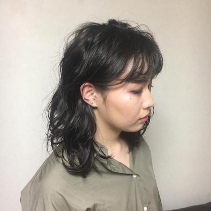 重ためセミロングでつくるなんちゃってウルフスタイル❤︎ #コテアレンジ #無造作# 奈良萌子のセミロングのヘアスタイル