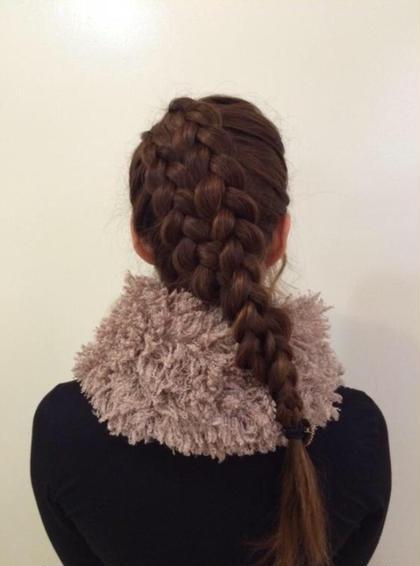 【編み込み】 ゴージャスな編み込みで頭の形に沿ったタイトなシルエット。普段使い、パーティーなど様々な場面で使えるヘアです❤︎ Tipetto大森所属・アイリストLuのフォト