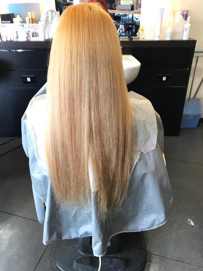 ロング ブリーチで綺麗に色を抜いても噂の®️ブリーチで94%痛みをカット!!更にカラーに使えば髪の毛の補修も出来ちゃう魔法のトリートメントカラーあります♡