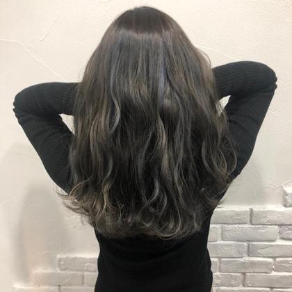 髪質改善シルクカラー💕  カラーしただけで天使の輪が3つできます✨ トリートメントではできない本当の髪質改善💖 minabyONE's所属・💓仕上げまで可愛く💓SHUNSUKEのスタイル