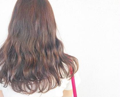 ふんわりくり色ブラウン✨  元の髪色8レベルのブラウンで 染めさせていただきまた😌 HAIRLOUNGEPrim所属・小野眞女のスタイル