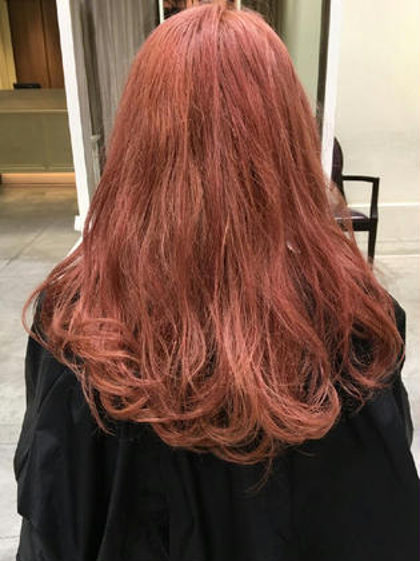 ダブルカラーで薄いピンク 色落ちも気になるカラーです!(*´∀`) フリーランス原宿所属・橘豪志のスタイル